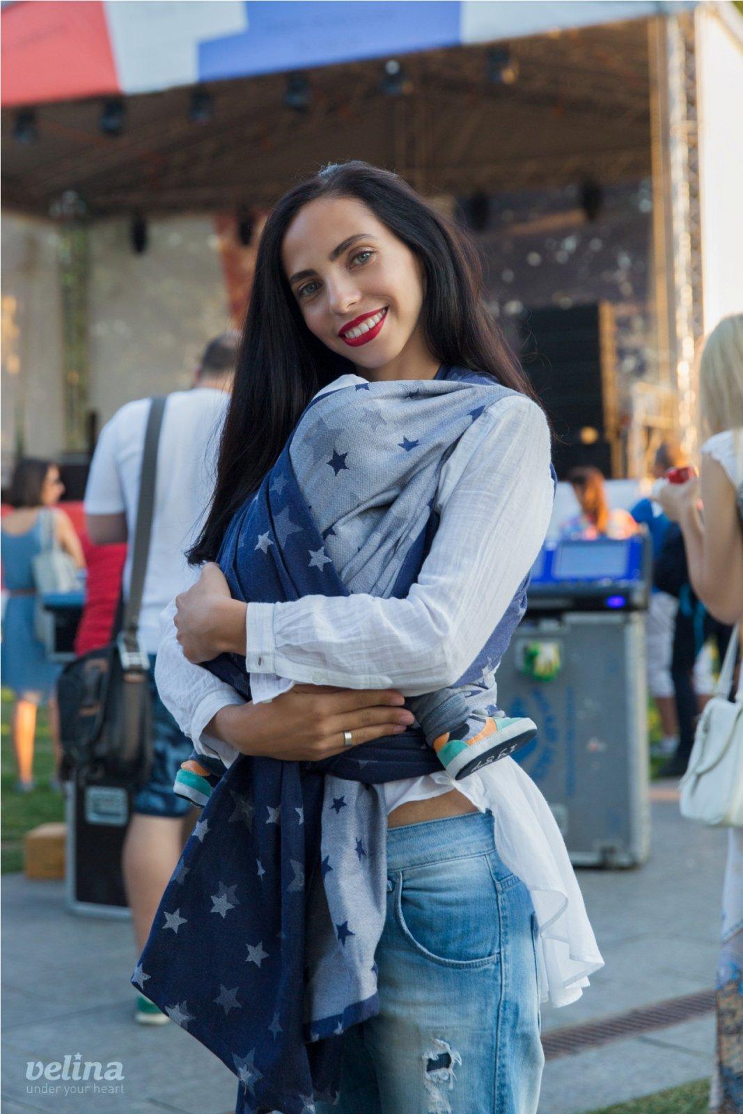 http://slingi.ru/images/products/116/large/V-wrap-stars-jeans_1.jpg